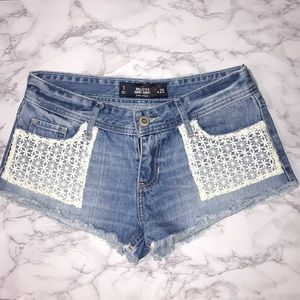 Hollister White Floral Crochet Lace Pocket Shorts